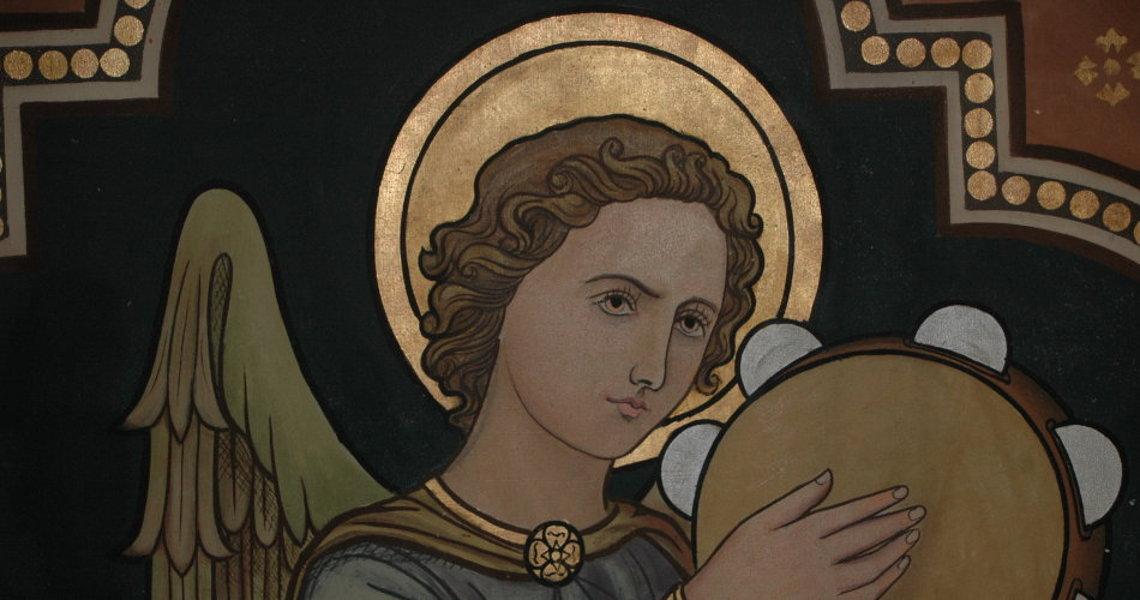 art decor restauratie conservatie engelfiguur priesterkoor st vituskerk blauwhuis